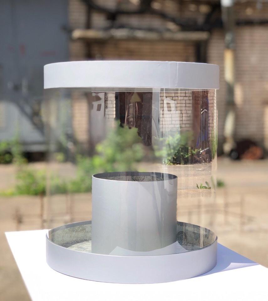 Коробка аквариум 32см Цвет :Серебро. Розница 600  рублей .