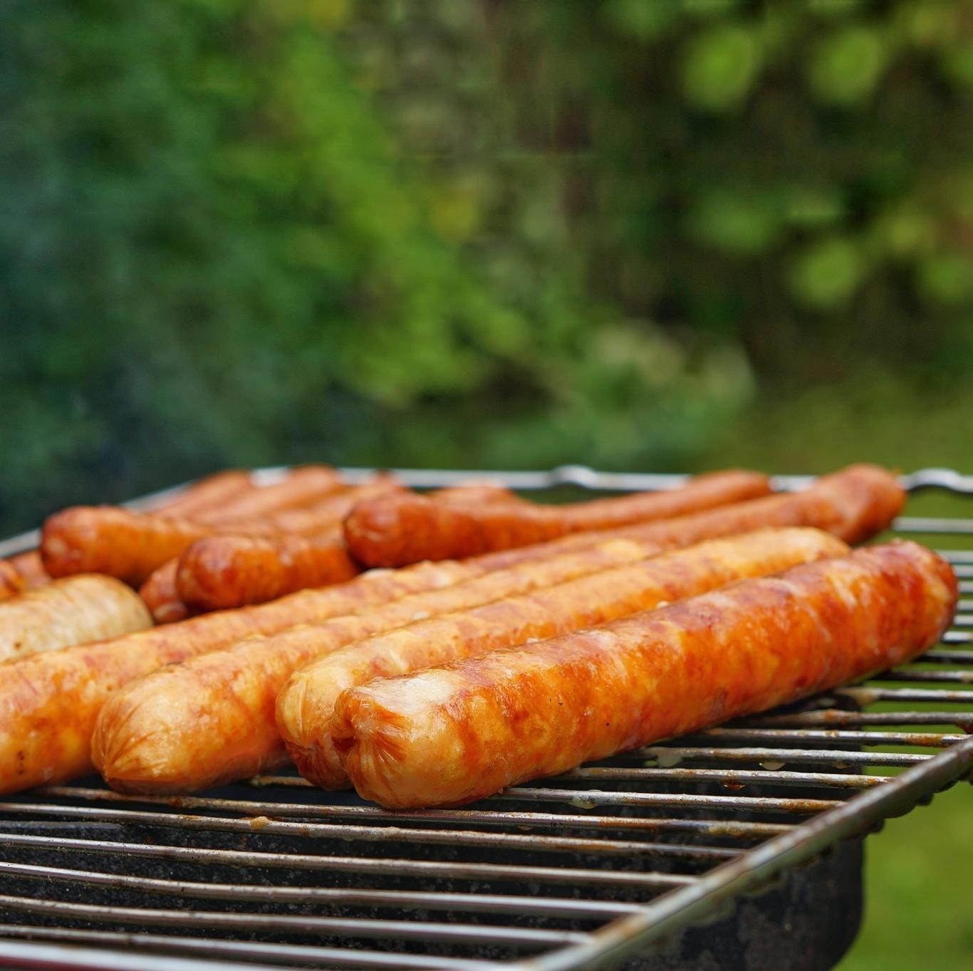 Фотография Колбаски для жарки и барбекю (свинина) / 500 г купить в магазине Афлора