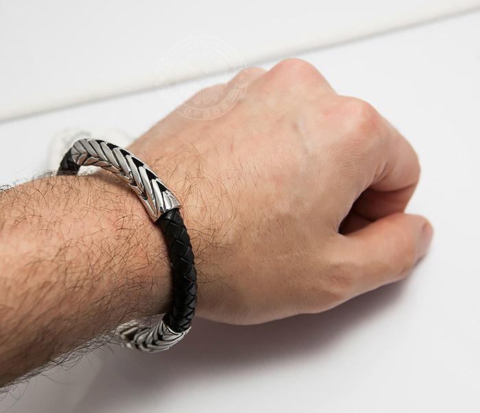 BM436-1 Необычный мужской браслет из кожаного шнура и стали (22 см) фото 09