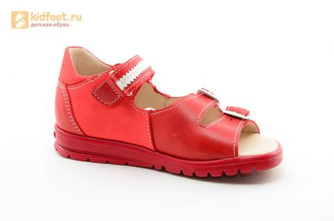 Босоножки Тотто из натуральной кожи с открытым носом для девочек, цвет Красный, 1082B. Изображение 2 из 16.