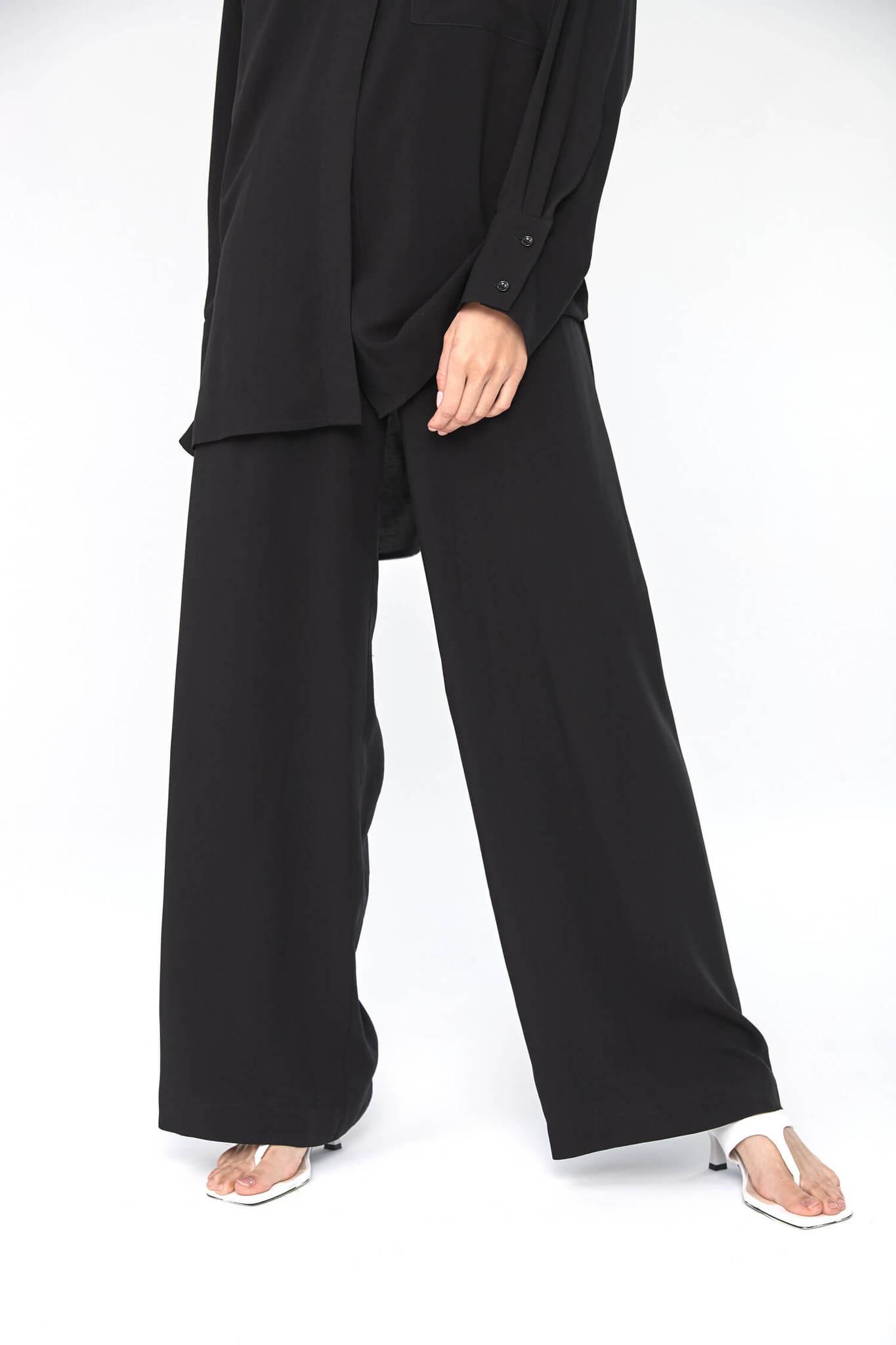 Прямые брюки на кулиске из вискозы, черные