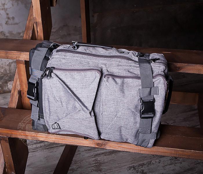 BAG405-2 Вместительный мужской рюкзак трансформер сумка для города из ткани фото 07