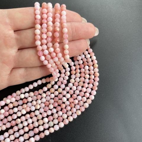 Бусины розовый опал А граненый 4,5 мм цена за 42 бусины (~19 см)