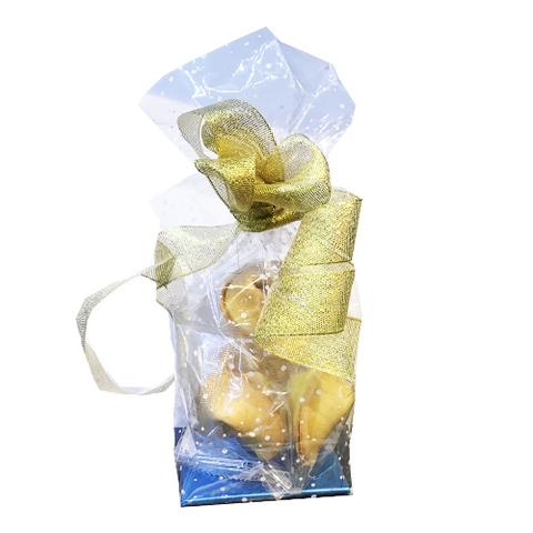 Подарочная упаковка печенья с предсказаниями
