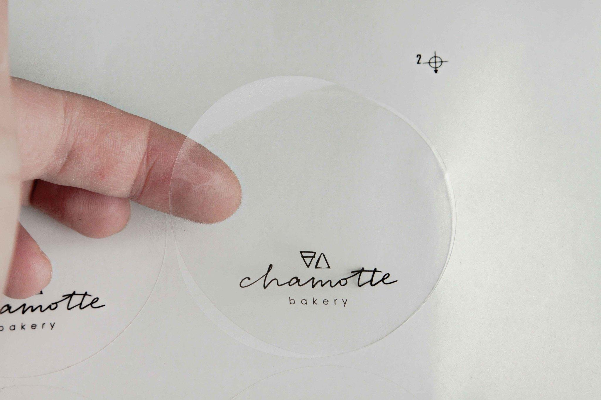 Печать наклеек на прозрачной пленке