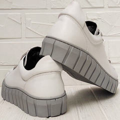 Кожаные кроссовки кеды на платформе женские Guero G146 508 04 White Gray.