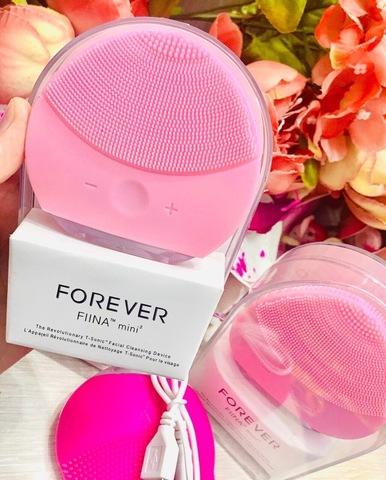 Щетка для очищения лица FOREVER, розовая