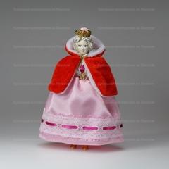 Малая подвесная кукла Принцесса в шубке