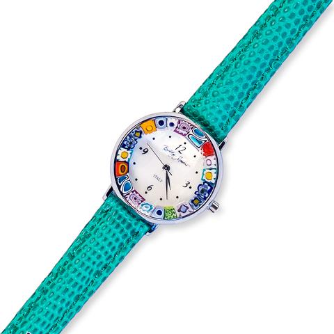 Часы на кожаном зеленом ремешке из муранского стекла