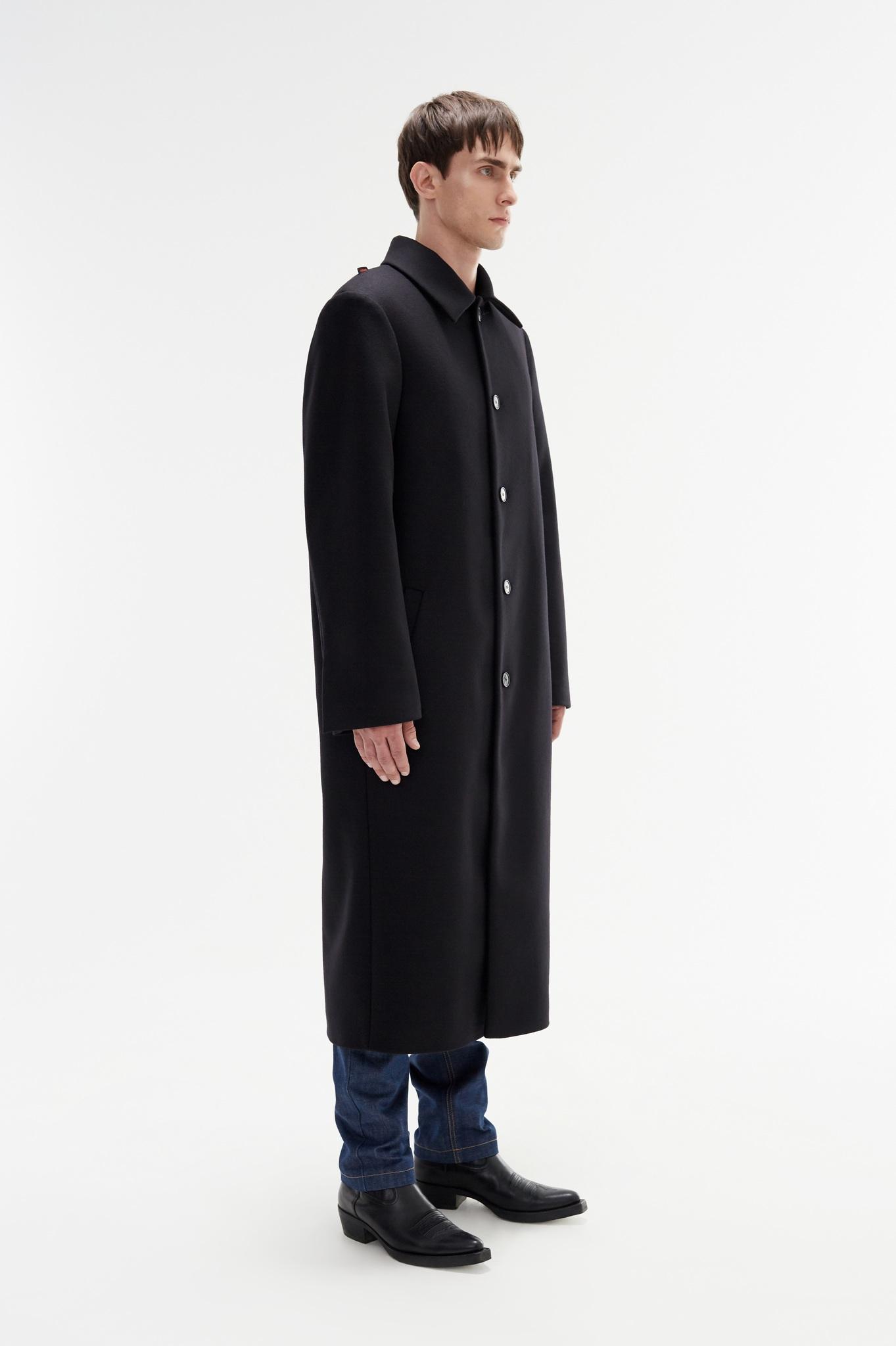 Пальто однобортное с выделенными плечами/black