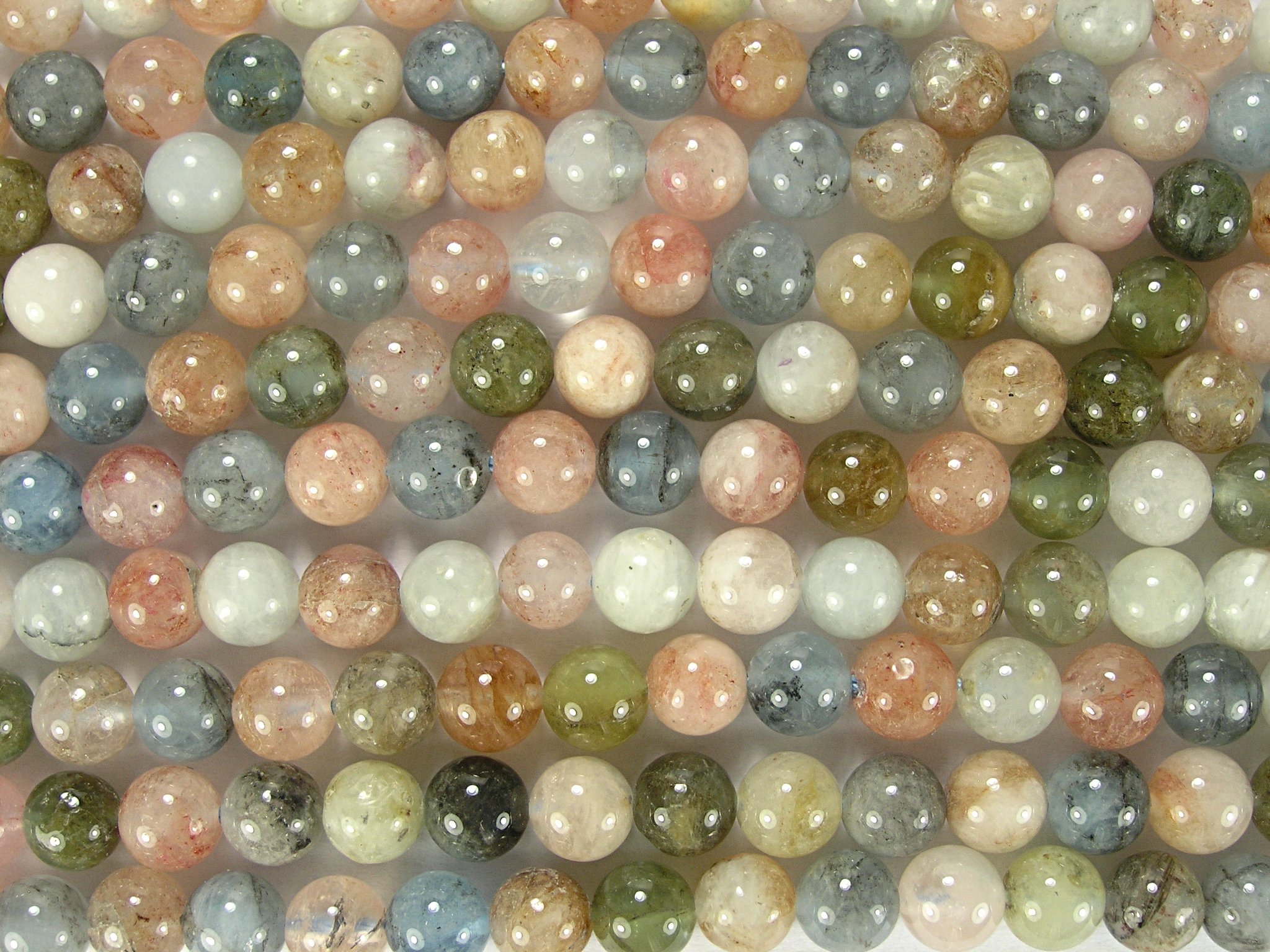 Нити бусин из бериллов, шар гладкий 6 мм (оптом)