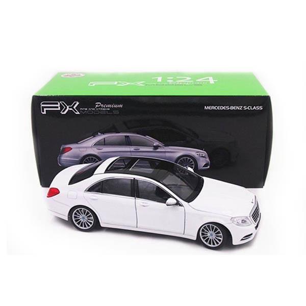 Машинка-игрушка Mercedes-Benz S-Class