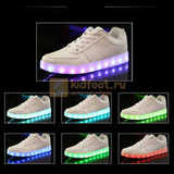 Светящиеся кроссовки с USB зарядкой Fashion (Фэшн) на шнурках, цвет белый, светится вся подошва. Изображение 22 из 29.