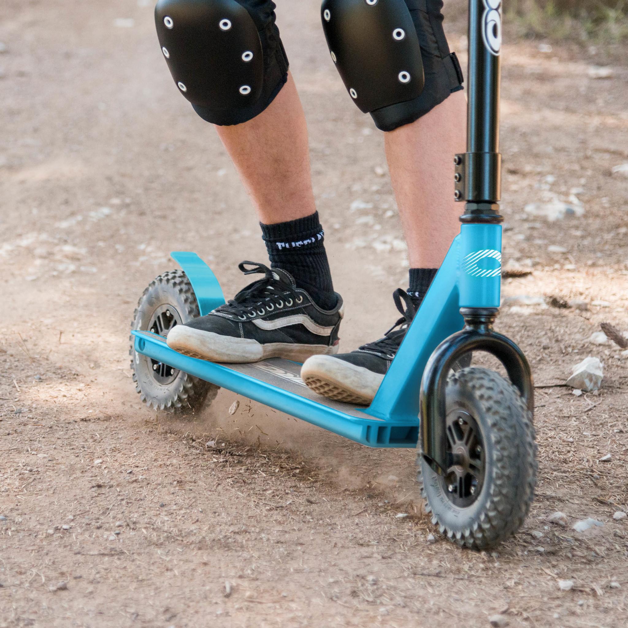 SK2004 Osprey dirt scooter blue