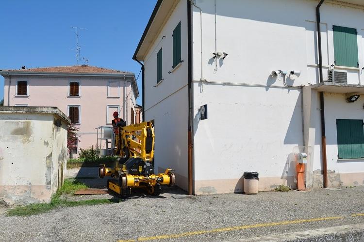 Самоходный подъемник на гусеничном и железнодорожном ходу Platfrom Basket RR9/200 (Италия)