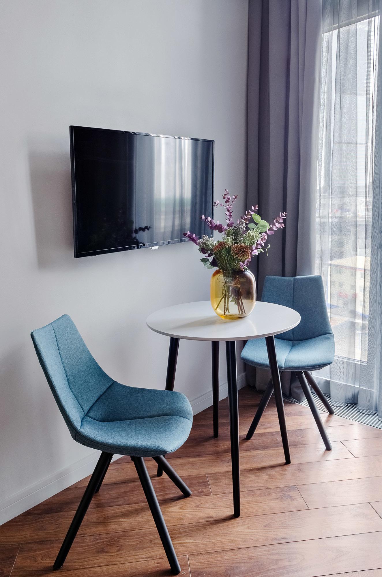 Маленький обеденный стол Спутник 70 см - вид 2