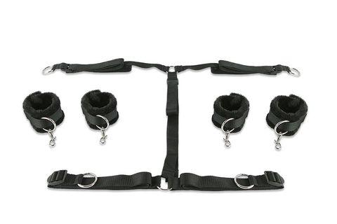 Набор чёрных фиксаторов для рук и ног с мягкой подкладкой