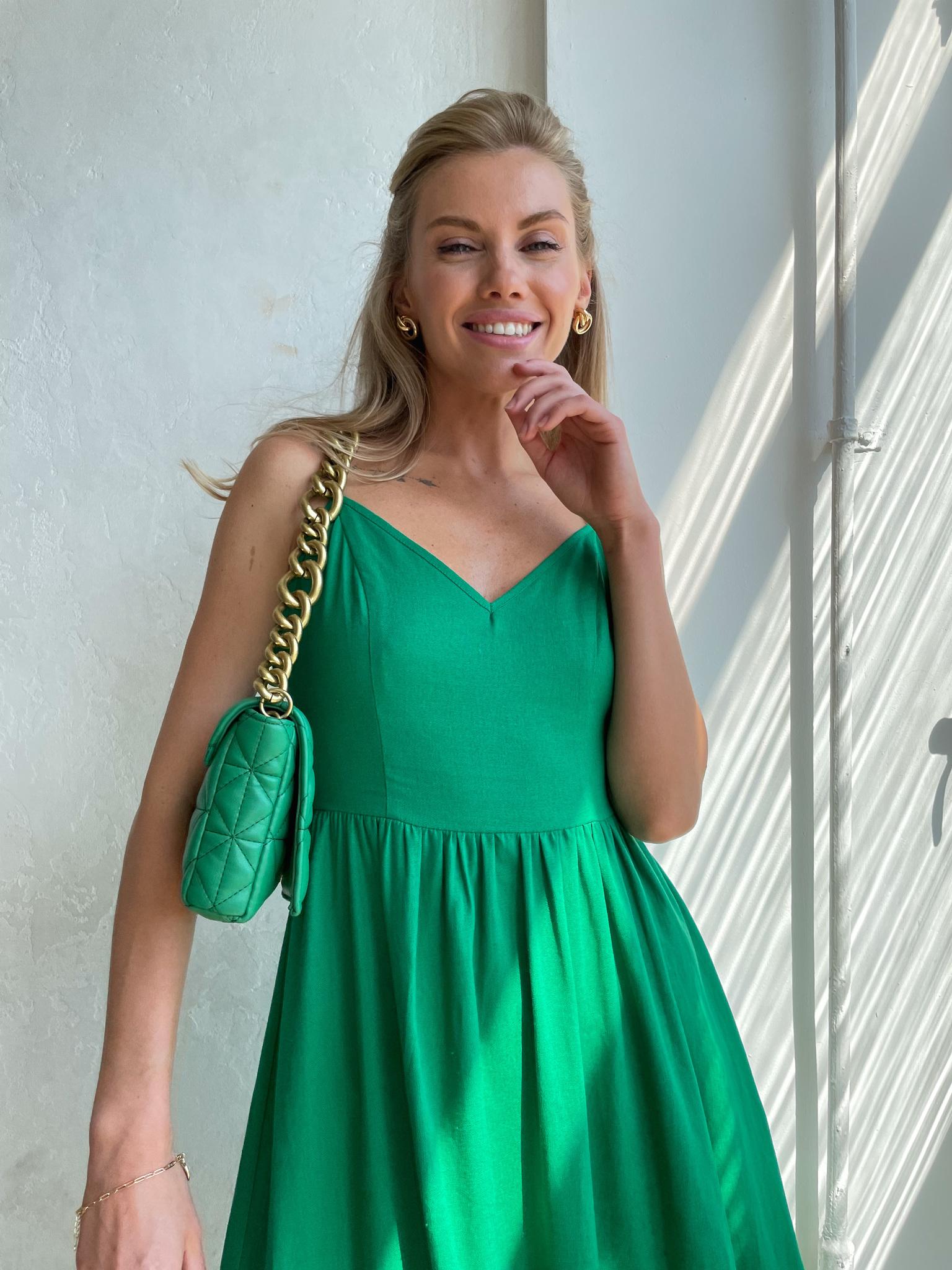 Платье изо льна с открытой спиной (травяной)