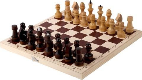 Шахматы  лакированные с доской 290 мм*145мм*40мм.
