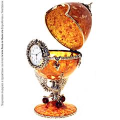 Шкатулка-часы янтарные Державные