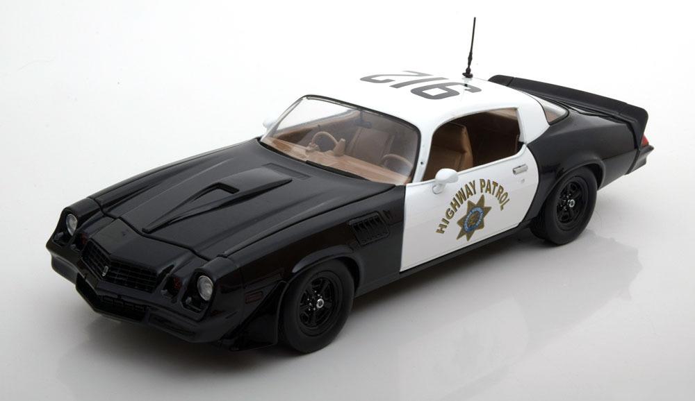 """Коллекционная модель Chevrolet Camaro Z28 """"California Highway Patrol"""" 1979"""