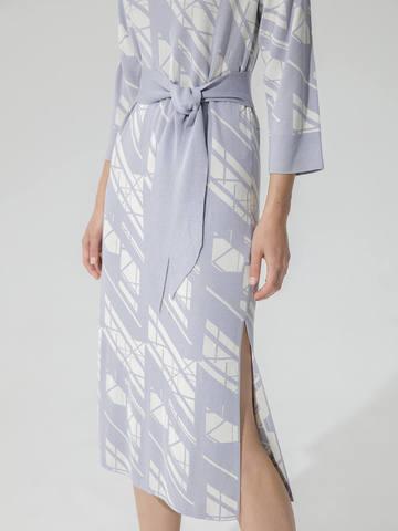 Женское платье светло-серого цвета из шелка и вискозы - фото 5