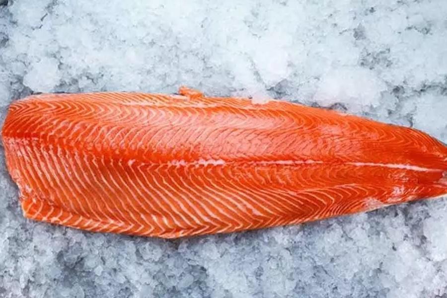 Филе лосося без костей, свежемороженое