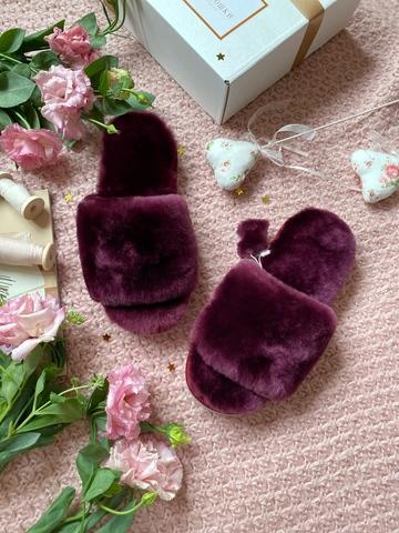 Меховые тапочки пурпурные с цельной шлейкой (из наличия)