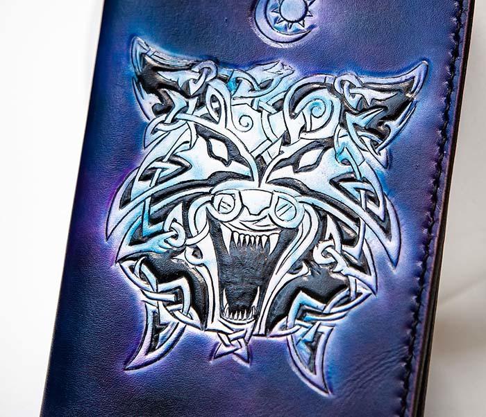 BC224 Обложка с волком в кельтском стиле, ручная роспись фото 02