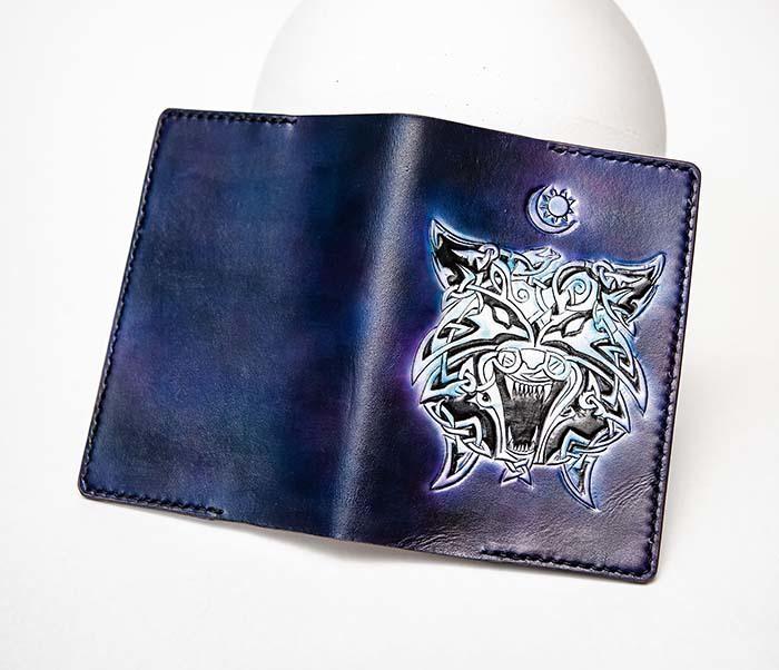 BC224 Обложка с волком в кельтском стиле, ручная роспись фото 07