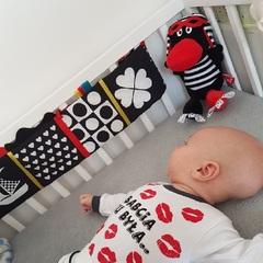 Книжка-бампер в кроватку Hencz Toys Фигуры