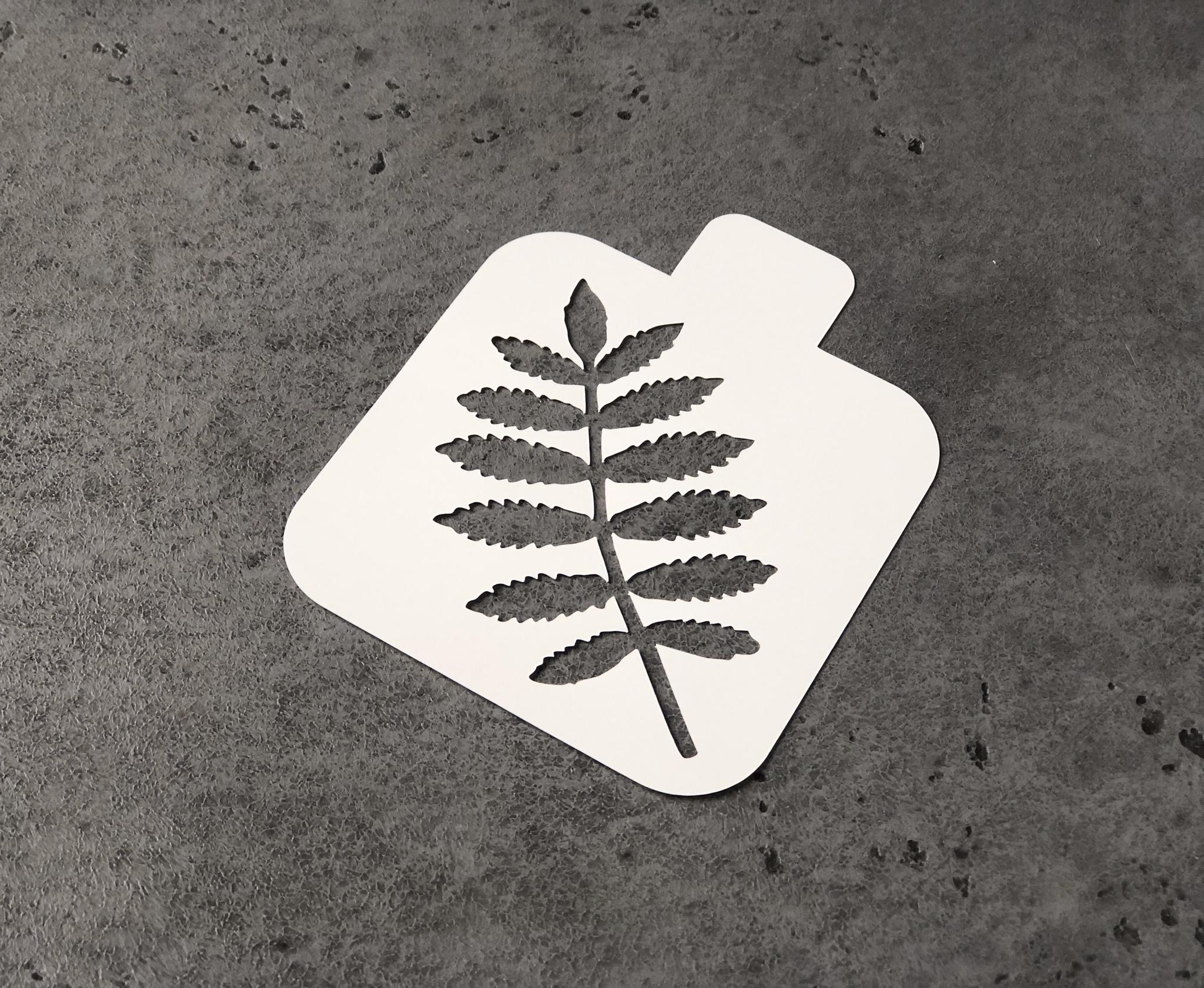 Трафарет «Лист рябины»