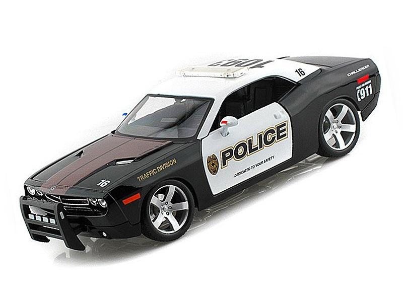 Коллекционная модель Dodge Challenger Concept 2006 Police