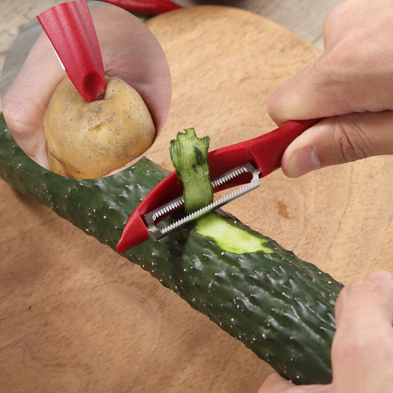 Victorinox Universal Peeler 7.6075 идеально подходит для чистки любых овощей и фруктов, с лёгкостью удаляет картофельные глазки