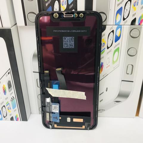Замена разбитого стекла на дисплее iPhone XR/11
