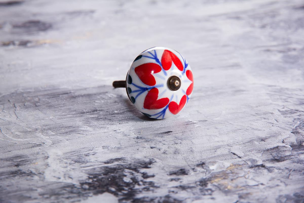 Ручка мебельная керамическая  - красный цветок