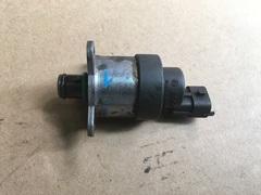 Клапан редукционный топливного насоса MAN D0834/D0836  Дозатор ТНВД МАН  51.12505.0037 51125050037 0928400744