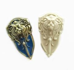 Д0884 Пластиковый декор Щит со львом.