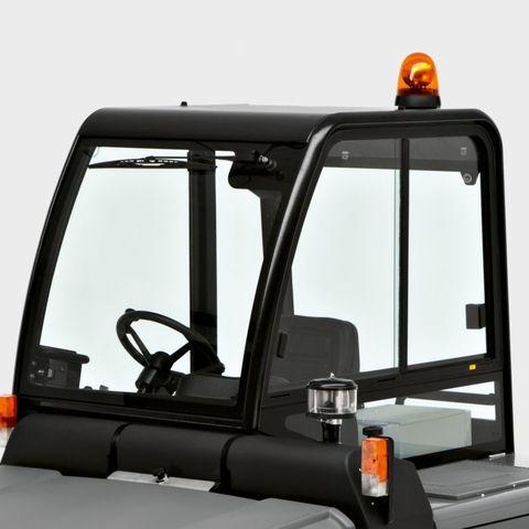 Комфортабельная кабина Karcher