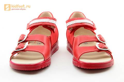 Босоножки Тотто из натуральной кожи с открытым носом для девочек, цвет Красный, 1082B. Изображение 5 из 16.