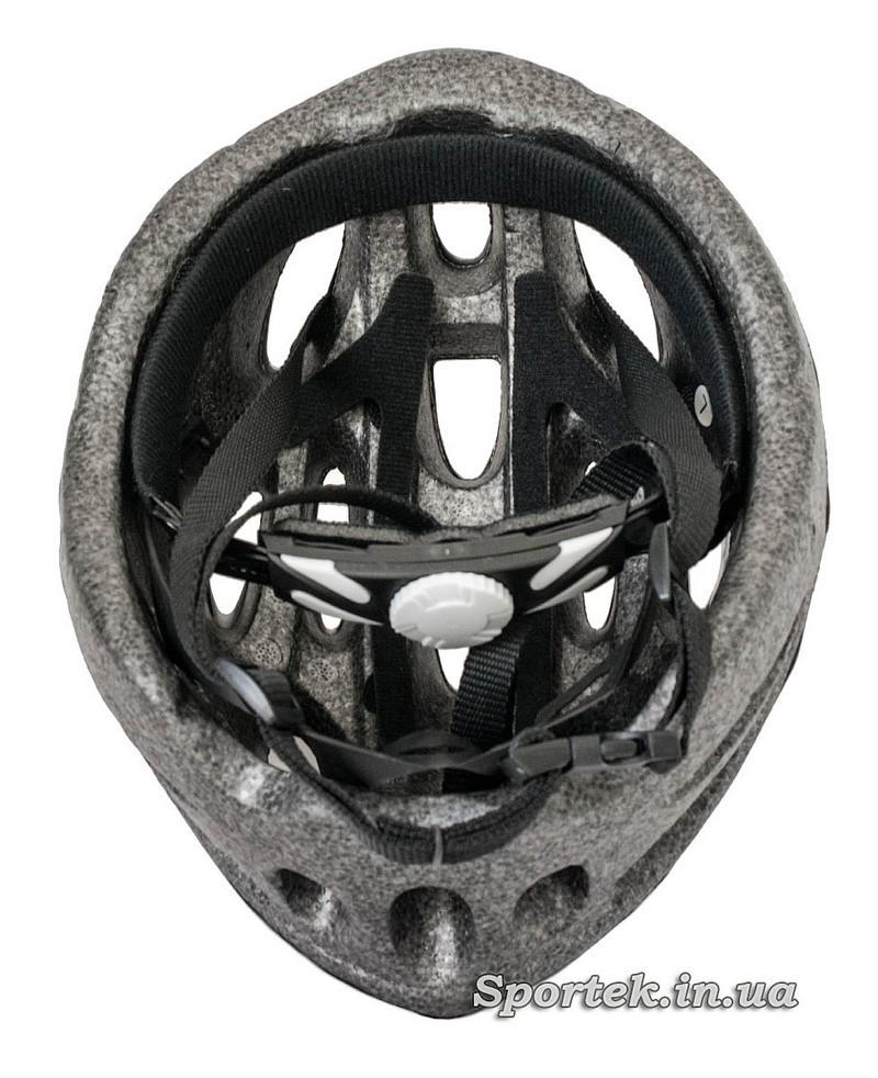 Вид всередині крос-кантрійного велошлема сіро-білого кольору