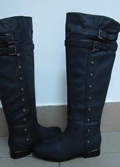 модные женские сапоги без каблука