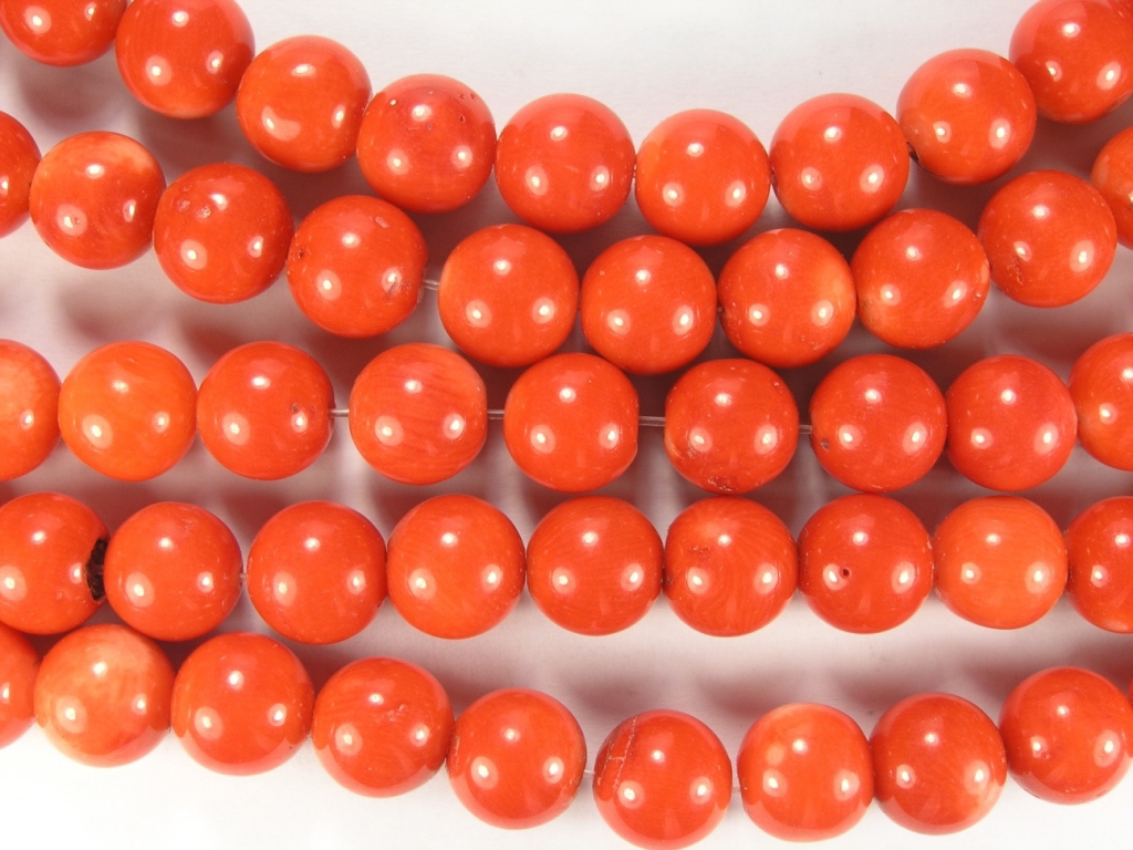 Нити бусин из коралла оранжевого, шар гладкий 12мм (оптом)
