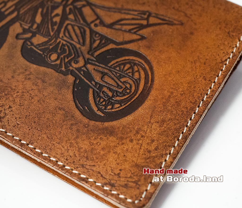 BY04-07-04 Кожаная обложка для авто документов с мотоциклом фото 02