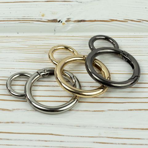 Карабин-кольцо 25мм  с ушком (цвет на выбор)