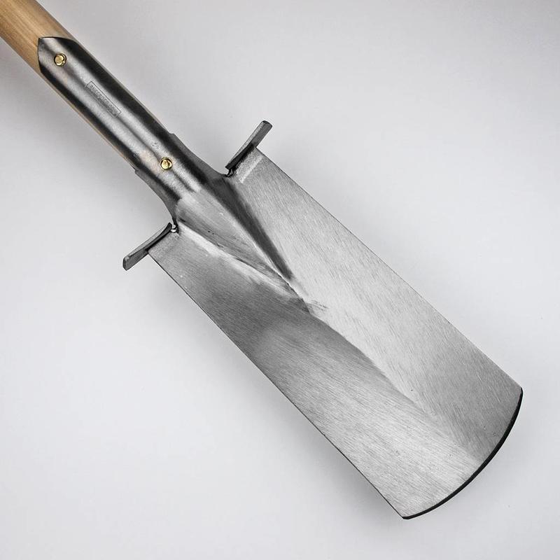 Узкая Лопата Sneeboer с подставкой. 90 см дамская рукоятка