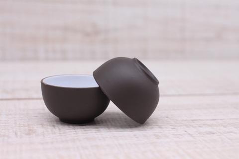 Чашка из темной глины глазурованная, керамика,20мл