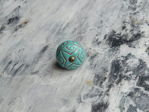 Ручка мебельная керамическая  - цвета морской волны с графической гравировкой, арт. 00001012