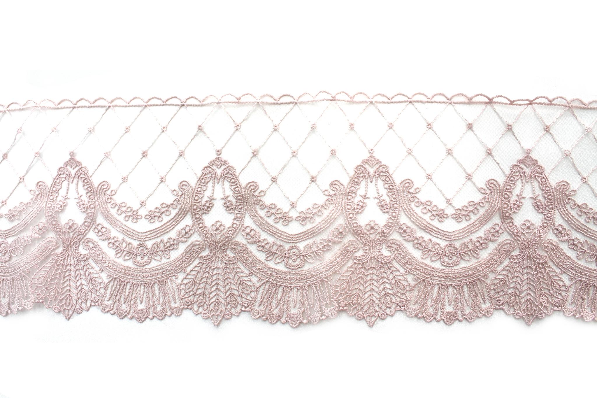 Кружево пыльно-розовое,14 см