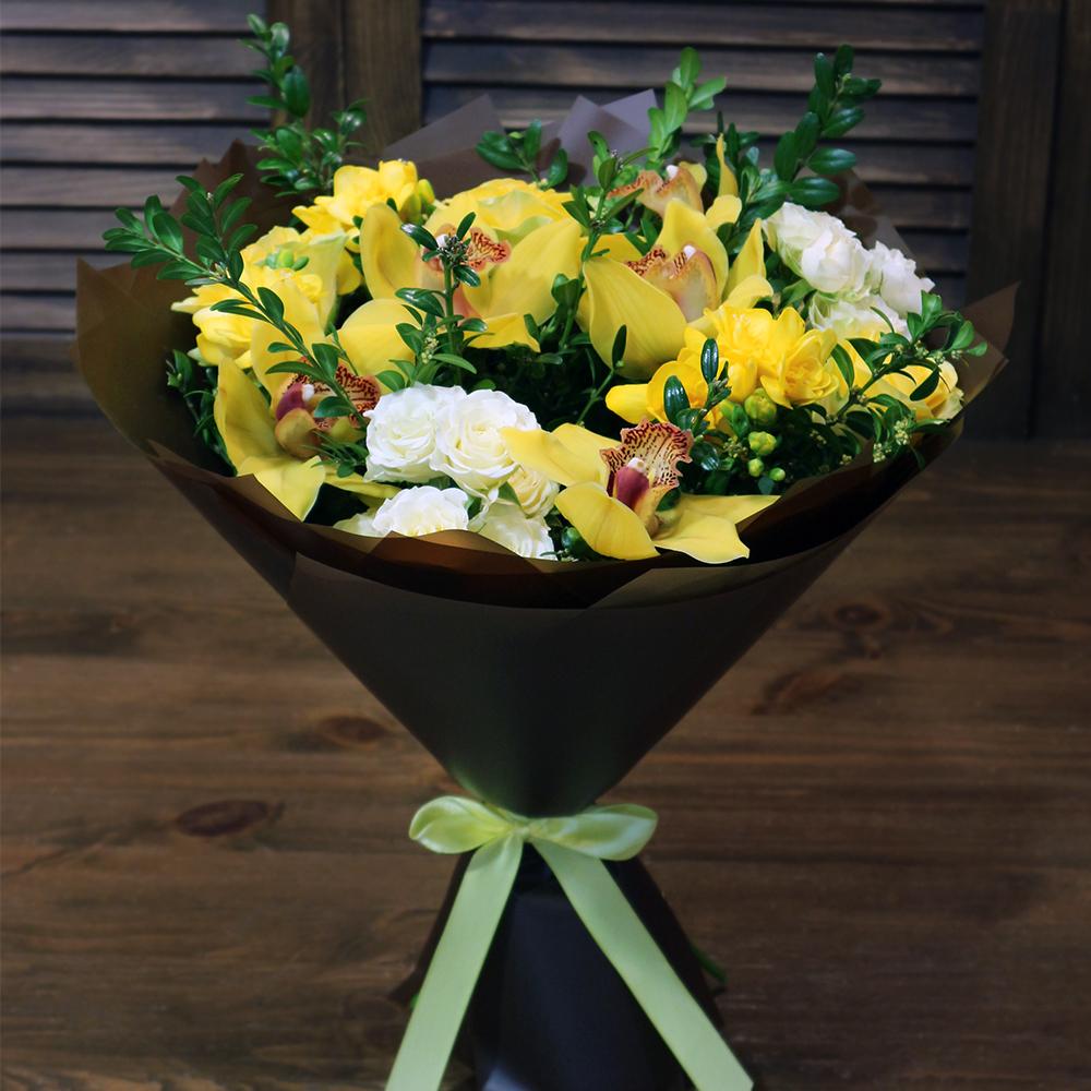 Купить букет с орхидеей для бизнес-партнера, руководителя в Перми